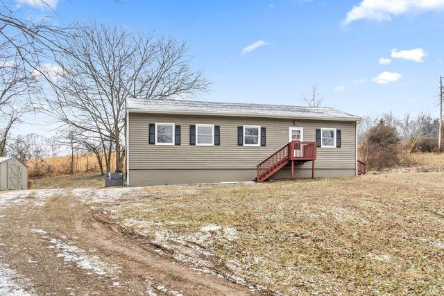 3509 Blooming Grove Rd, Woodlawn, TN 37191 (MLS #RTC2230099) :: Randi Wilson with Clarksville.com Realty