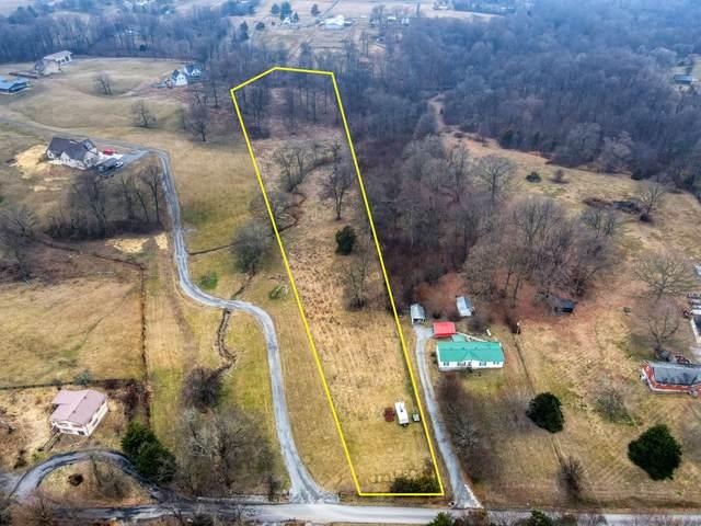 152 Roark Rd, Cottontown, TN 37048 (MLS #RTC2230313) :: Village Real Estate
