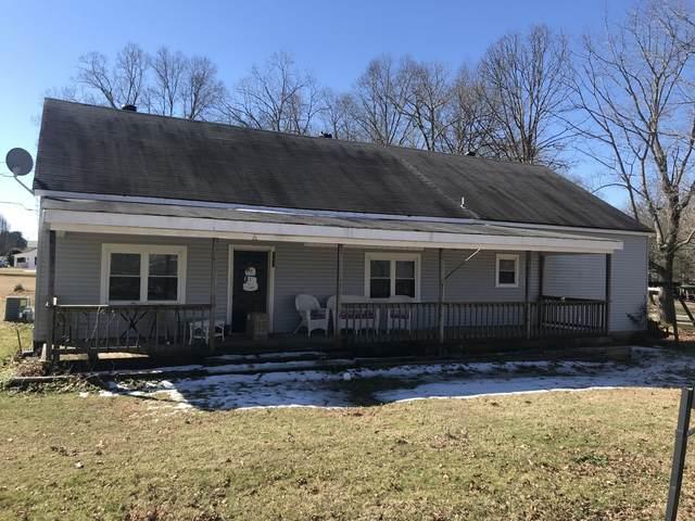 101 W Ryan St, Collinwood, TN 38450 (MLS #RTC2230508) :: Village Real Estate