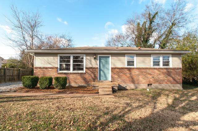 818 Country Club Dr, Clarksville, TN 37043 (MLS #RTC2232275) :: Exit Realty Music City