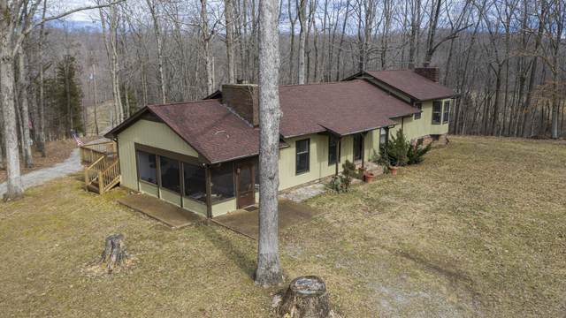 550 Dillon Rd, Dickson, TN 37055 (MLS #RTC2232363) :: The Milam Group at Fridrich & Clark Realty