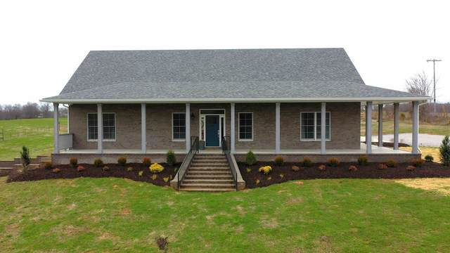 4639 Glover Rd, Cedar Hill, TN 37032 (MLS #RTC2233060) :: Village Real Estate