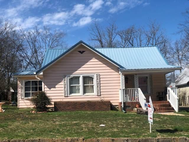 104 Burt St, Shelbyville, TN 37160 (MLS #RTC2233408) :: The Miles Team | Compass Tennesee, LLC