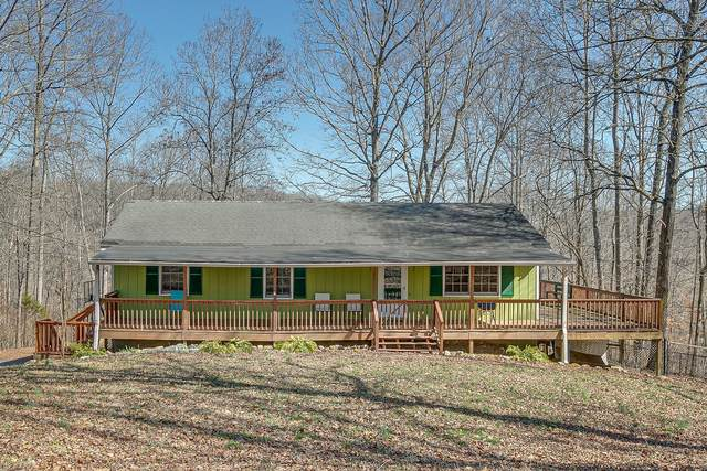 7404 Les Hughes Rd, Fairview, TN 37062 (MLS #RTC2233410) :: Trevor W. Mitchell Real Estate