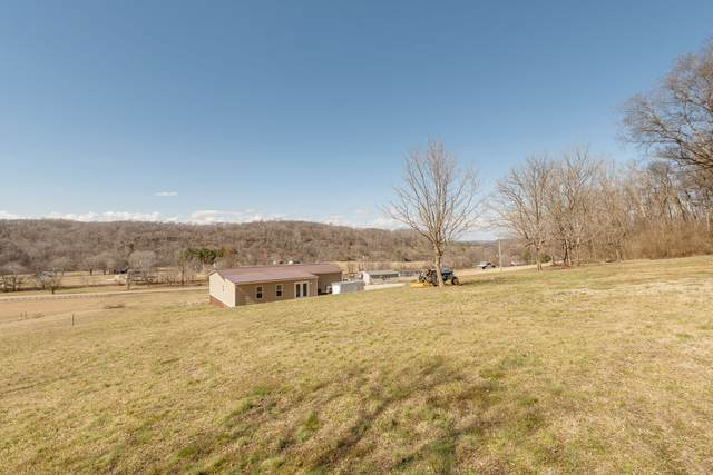 8391 Lawrenceburg Hwy, Mount Pleasant, TN 38474 (MLS #RTC2233684) :: Morrell Property Collective | Compass RE
