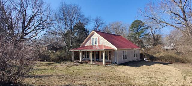 818 Central Ave, Clarksville, TN 37040 (MLS #RTC2233927) :: DeSelms Real Estate
