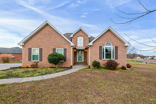 701 N Russell St, Portland, TN 37148 (MLS #RTC2234235) :: Village Real Estate