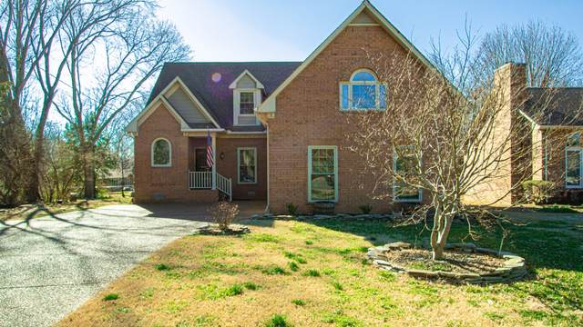 196 London Ln, Franklin, TN 37067 (MLS #RTC2234593) :: Felts Partners