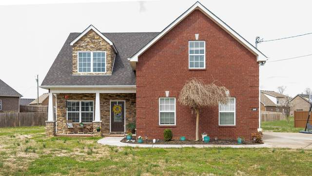 205 Ellen Ct, Smyrna, TN 37167 (MLS #RTC2235389) :: The DANIEL Team | Reliant Realty ERA
