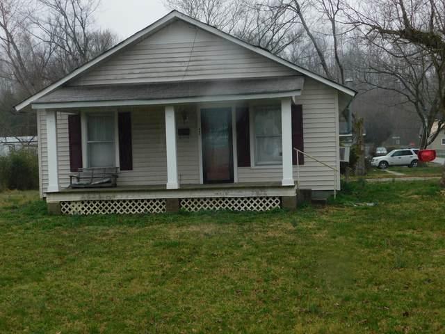 116 Fairground Dr, Waverly, TN 37185 (MLS #RTC2235591) :: Kimberly Harris Homes