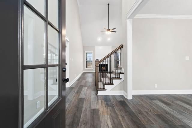8 Glenstone Village, Clarksville, TN 37043 (MLS #RTC2235708) :: Kimberly Harris Homes