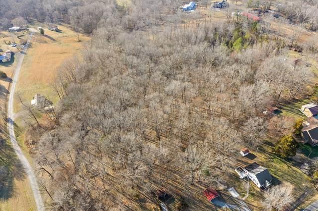 2112 Seven Mile Ferry Rd, Clarksville, TN 37040 (MLS #RTC2236535) :: Village Real Estate