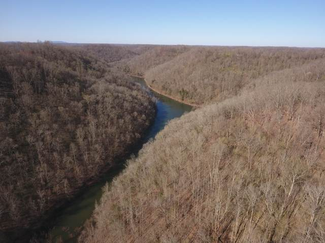 8065 Clemons Ridge Rd, Silver Point, TN 38582 (MLS #RTC2239379) :: The Adams Group