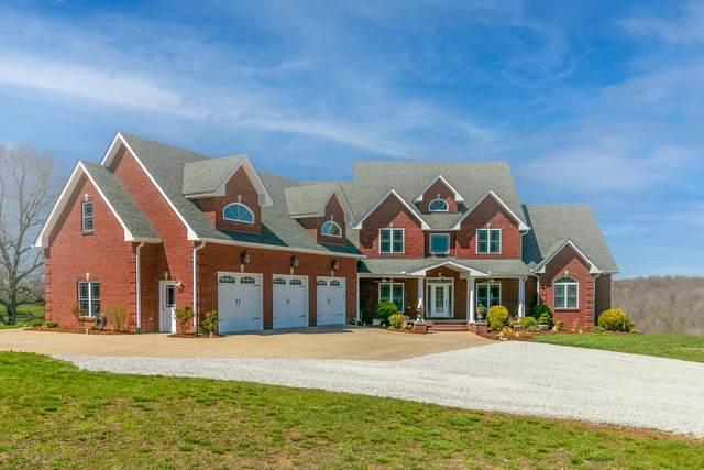 2682 Maple Grove Rd, Dickson, TN 37055 (MLS #RTC2239762) :: Village Real Estate