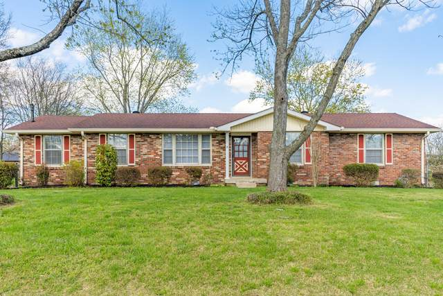 104 Southburn Dr, Hendersonville, TN 37075 (MLS #RTC2241458) :: Ashley Claire Real Estate - Benchmark Realty