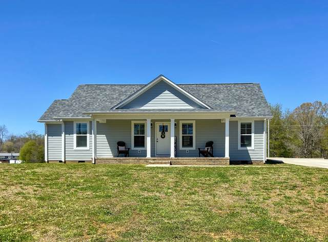 906 Hickory Drive, Lawrenceburg, TN 38464 (MLS #RTC2241530) :: Christian Black Team