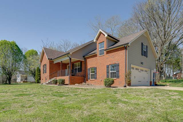 1000 Windmere Ln, Greenbrier, TN 37073 (MLS #RTC2241544) :: Team George Weeks Real Estate
