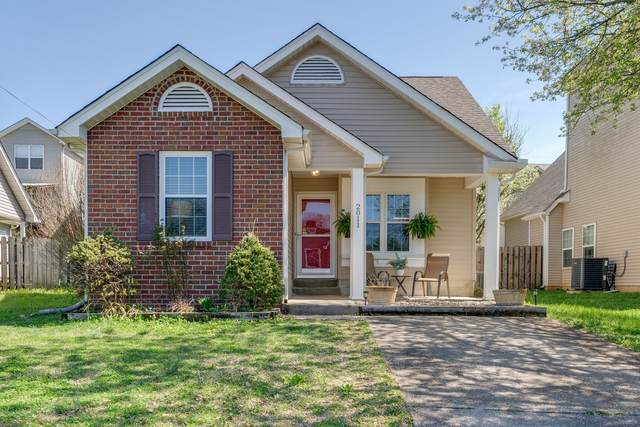 2011 Mansker Dr, Goodlettsville, TN 37072 (MLS #RTC2241764) :: The Adams Group