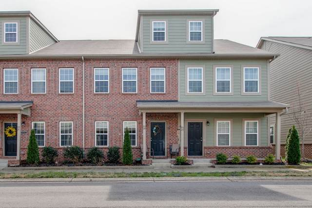 95 Plumlee Dr #19, Hendersonville, TN 37075 (MLS #RTC2241873) :: DeSelms Real Estate