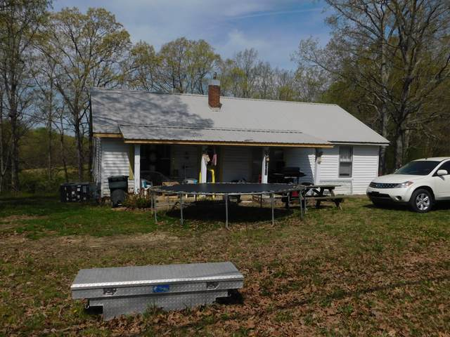 1601 Clydeton Rd, Waverly, TN 37185 (MLS #RTC2242316) :: Village Real Estate