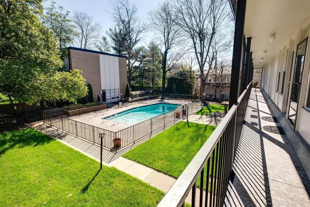 3831 W End Ave #14, Nashville, TN 37205 (MLS #RTC2242571) :: Keller Williams Realty
