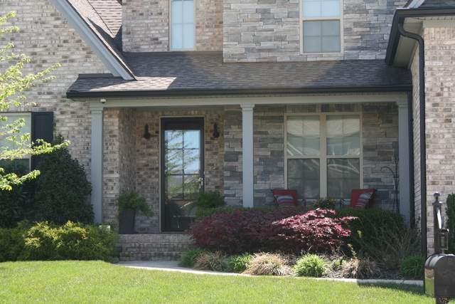 8007 June Apple Ln, Spring Hill, TN 37174 (MLS #RTC2242918) :: DeSelms Real Estate