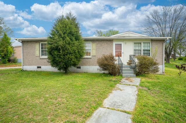 901 Poplar Ave, Springfield, TN 37172 (MLS #RTC2242975) :: Oak Street Group