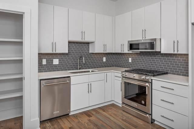 1636 19th Ave S #06, Nashville, TN 37212 (MLS #RTC2243132) :: DeSelms Real Estate