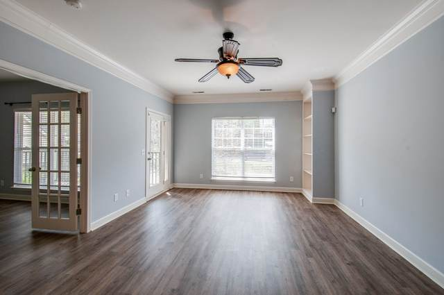 2304 Elliott Ave #202, Nashville, TN 37204 (MLS #RTC2243909) :: Ashley Claire Real Estate - Benchmark Realty