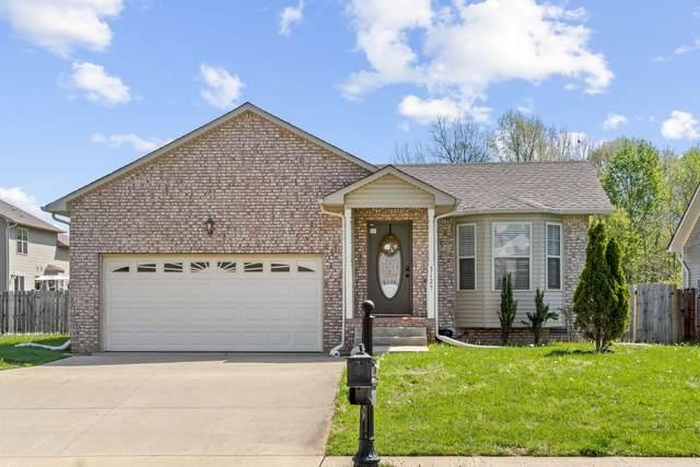 3125 Twelve Oaks Blvd, Clarksville, TN 37042 (MLS #RTC2244159) :: Michelle Strong