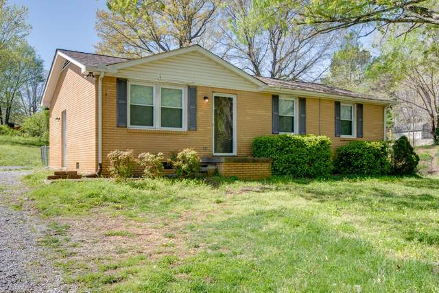 10127 W Oak Dr, Bon Aqua, TN 37025 (MLS #RTC2244692) :: Movement Property Group