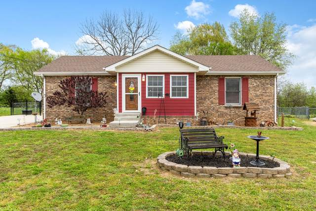 989 Joey Dr, Clarksville, TN 37042 (MLS #RTC2244922) :: FYKES Realty Group