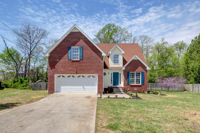 1300 Sunfield Dr, Clarksville, TN 37042 (MLS #RTC2245441) :: Christian Black Team