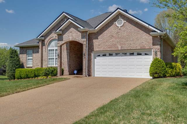 1594 Red Oak Ln, Brentwood, TN 37027 (MLS #RTC2245452) :: Felts Partners