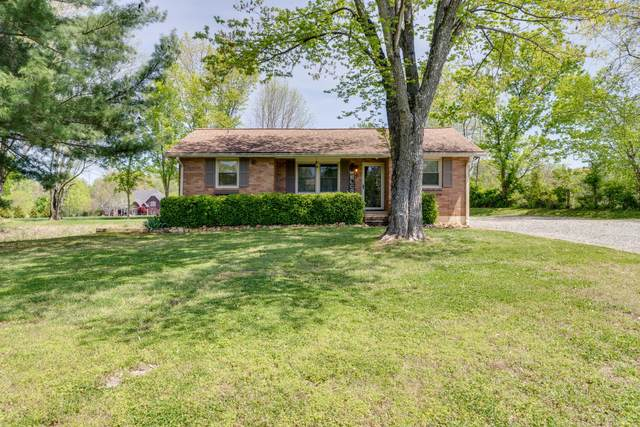 945 Bowling Branch Rd, Cottontown, TN 37048 (MLS #RTC2246838) :: The Helton Real Estate Group