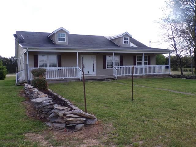 336 Old Pencil Mill Rd, Chapel Hill, TN 37034 (MLS #RTC2246983) :: EXIT Realty Bob Lamb & Associates