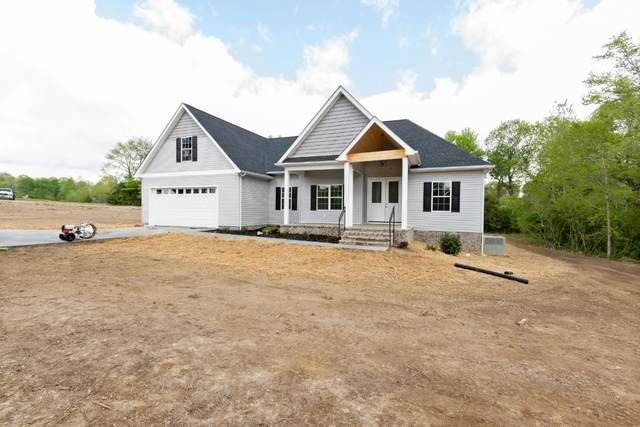 1043 Hayshed Rd, Dickson, TN 37055 (MLS #RTC2247030) :: The Godfrey Group, LLC