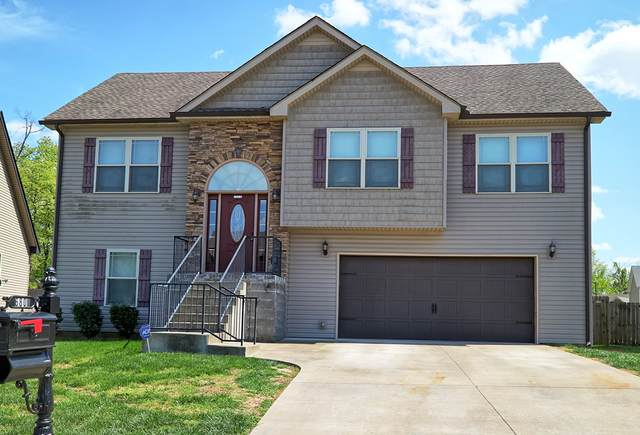 680 Fox Hound Dr, Clarksville, TN 37040 (MLS #RTC2247386) :: Christian Black Team