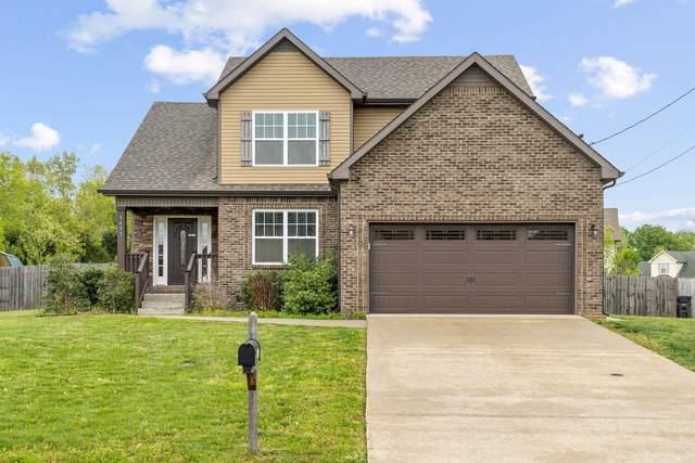 3433 Bradfield Drive, Clarksville, TN 37042 (MLS #RTC2247848) :: FYKES Realty Group