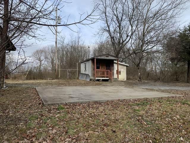 521 Old Railroad Bed Rd, Vanleer, TN 37181 (MLS #RTC2248637) :: Nashville on the Move