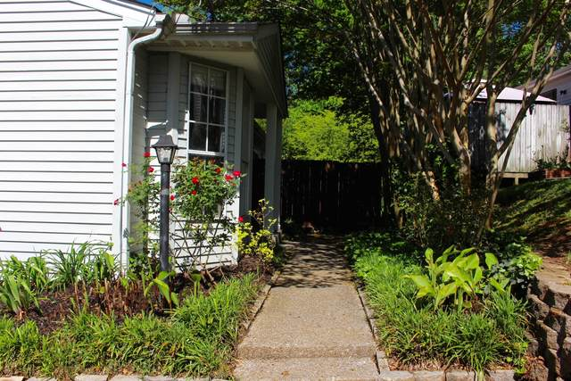923 Patio Dr, Nashville, TN 37214 (MLS #RTC2248803) :: Village Real Estate