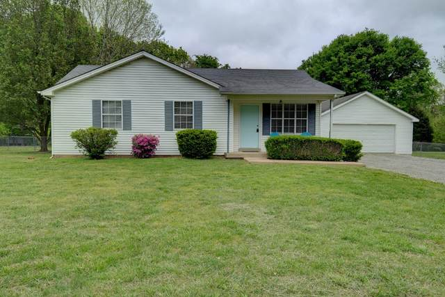 2033 Wolfe Rd, White Bluff, TN 37187 (MLS #RTC2248863) :: Hannah Price Team