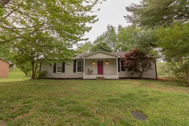 2313 Woodmont Dr, Springfield, TN 37172 (MLS #RTC2249414) :: Randi Wilson with Clarksville.com Realty