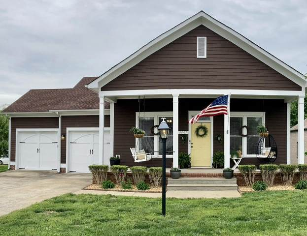 2207 Exeter Ln, Clarksville, TN 37043 (MLS #RTC2249875) :: Cory Real Estate Services