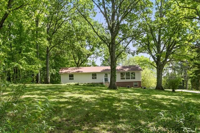 864 Tom Osborne Rd, Columbia, TN 38401 (MLS #RTC2250355) :: Nashville Home Guru