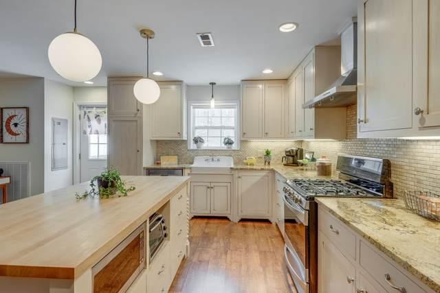 967 Eli Rd, Bon Aqua, TN 37025 (MLS #RTC2250592) :: Village Real Estate
