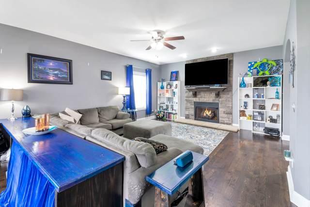 1037 Silo Dr, Clarksville, TN 37042 (MLS #RTC2250926) :: RE/MAX Fine Homes