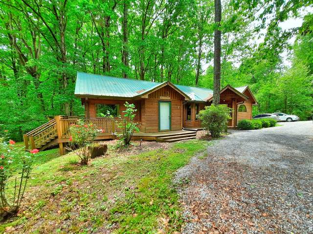 932 Hayes Rd, Lawrenceburg, TN 38464 (MLS #RTC2250960) :: DeSelms Real Estate