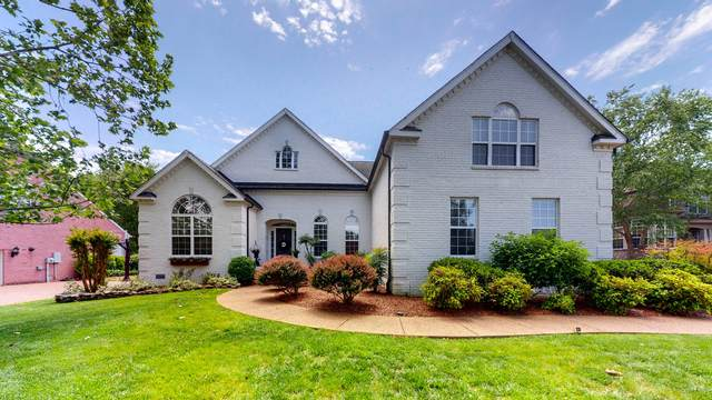 428 Coburn Ln, Franklin, TN 37069 (MLS #RTC2251579) :: Ashley Claire Real Estate - Benchmark Realty