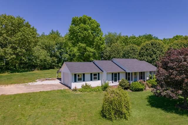 1616 Briarwood Dr, Lawrenceburg, TN 38464 (MLS #RTC2251729) :: Village Real Estate